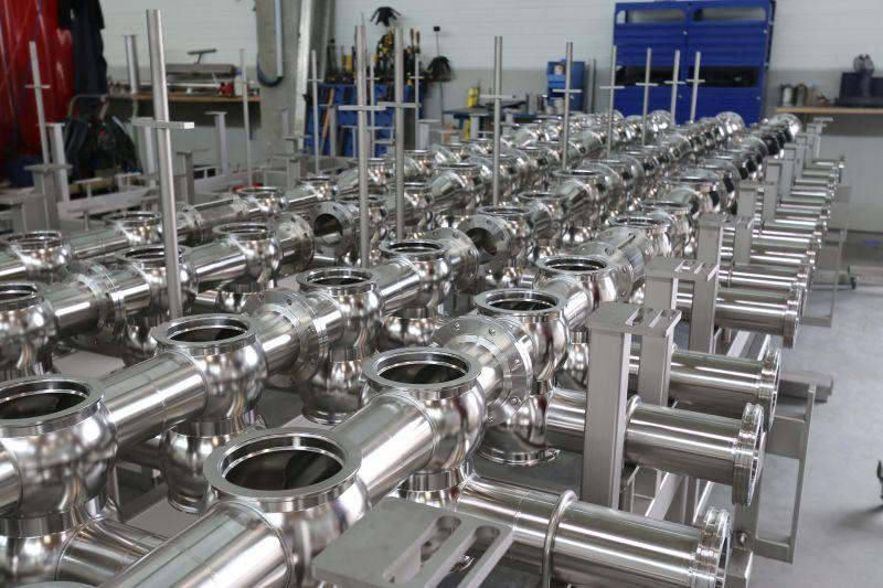 Hochwertige Ventilknoten von STW sind wichtige Bauteile in Produktionsanlagen der Lebensmittel- und Getränkeindustrie. Bild: Walter Lutz