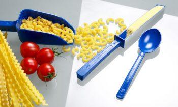 Die blauen Einweg-Probenehmer sind im Rahmen des HACCP/IFS-Fremdkörpermanagements verwendbar und entsprechen den EU-Lebensmittel- und FDA-Richtlinien. Bild: Bürkle