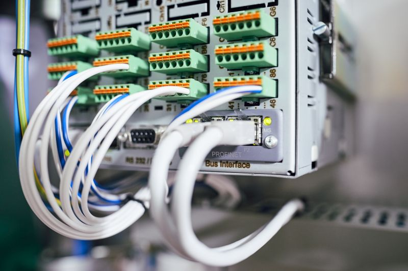 Schaltschränke wurden im Kesselhaus modernisiert und auf Profinet umgerüstet. Bild: Endress+Hauser