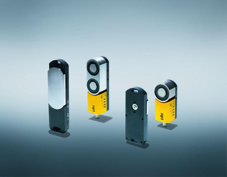 Das Schutztürsystem bietet sichere Schutztürüberwachung, basierend auf dem berührungslosen, codierten Sicherheitsschalter mit elektromagnetischer Prozesszuhaltung. Bild: Pilz