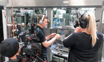 Elf Hightech-Kameras übertragen die Live-Bilder zum Kunden in den USA. Bild: Optima