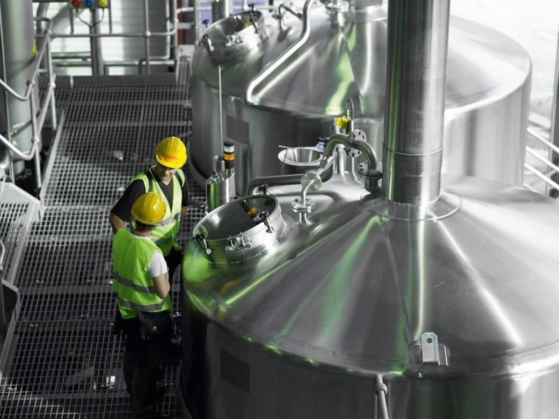 »Smart Air Injection« von Seepex ist eine maßgeschneiderte Systemlösung. Die Kombination aus Exzenterschneckenpumpe und Druckluftförderung führt zu einem geringen Druckniveau in der Förderleitung und so zu geringeren Energiekosten.
