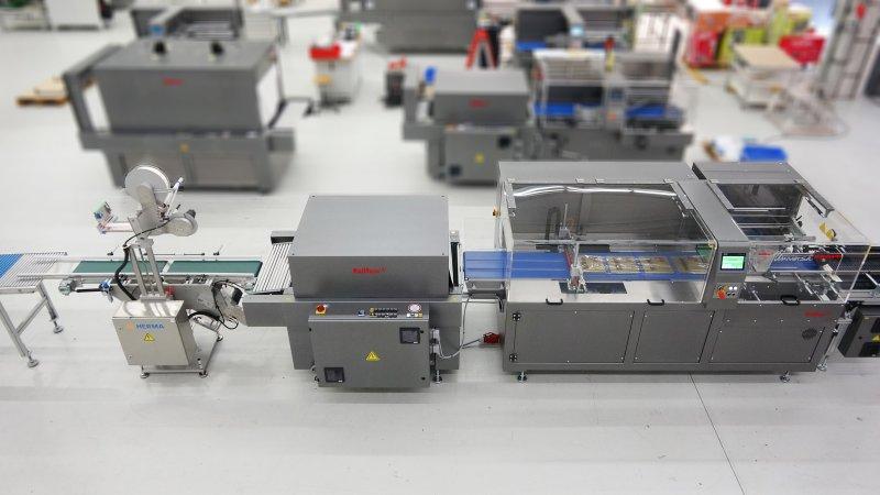 Verpackungsmaschine zur Verpackung und Etikettierung von Premiumschokolade (Bild: Kallfass).