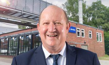 Geschäftsführer Oliver Blaha vor der neu eröffneten Niederlassung in Hamburg (Bild: Ishida).